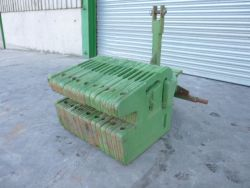 X16 50KG JOHN DEERE WEIGHTS C/W 3 POINT LINKAGE FRAME