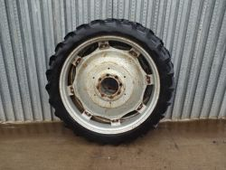 X2 230/95R44 ROW CROP  WHEELS AND TYRES